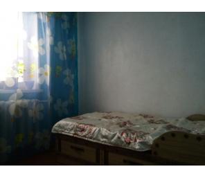 Продаю 3х-комнатную квартиру по ул. Октябрьская,100
