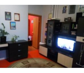 Продам 2х-комнатную Алюминиевая 27, 4/4, 41кв.м.