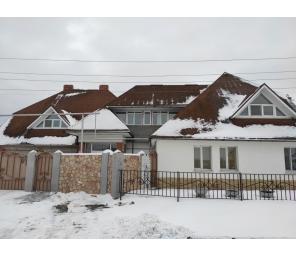 дом и земельный участок с. Покровское