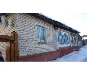 Продам дом с земельным участком по адресу ст. Каменск ул. Коммунаров